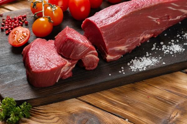 Filetstück aus der Rinderunterschale - Ideal zum Schmoren oder Kochen oder für kleine, zarte Roulade