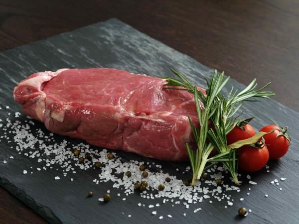 Rindfleisch Roastbeef - feines Rindfleisch bester Qualität, ideal für Steaks, Filet und Tatar.
